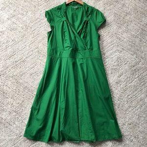 eshakti // Kelly Green Retro-Inspired Dress